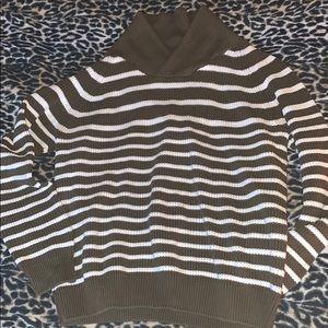 H&M sweater striped size large olive white